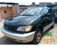 2003Toyota sienna for sale