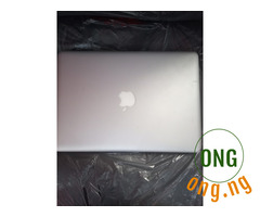 Apple laptop core i7