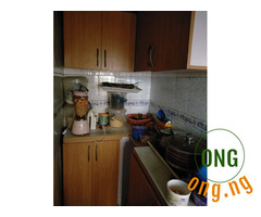 NEATLY USED KITCHEN CABINETS