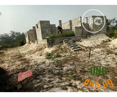 Uncompleted bungalow for sale
