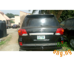 Sharp 2010 Toyota Land Cruiser in Abuja