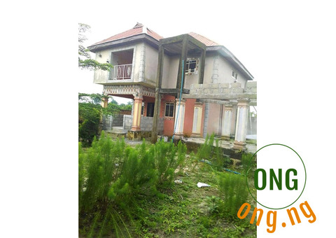 LAND FOR SALE WITH BUILDING STRUCTURE (SWIMMING POOL)