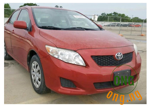 Very clean Toyota Corolla 2010 Red