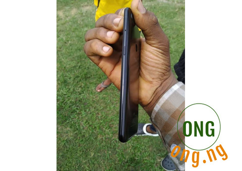 Neat used infinix hot 6