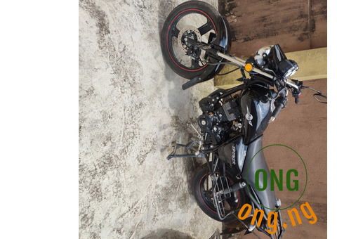 3 month old new Mars power bike 200cc Engine