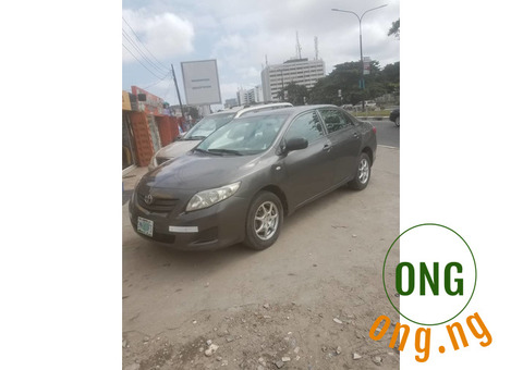 Well maintained toyota corrola 2009 model