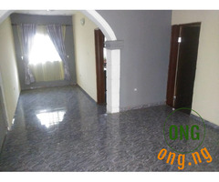 Standard 3 Bed with Borehole in Olonde Ologuneru