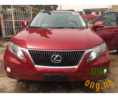 Lexus RX 330 for sale with the full option.