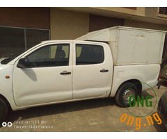 Toyota hilux pick up 2011 model