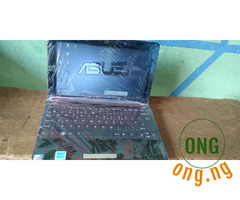 Clean Mini Laptop Asus and Samsung