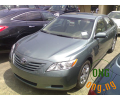 Toyota Camry 2009 for sale with the full option.