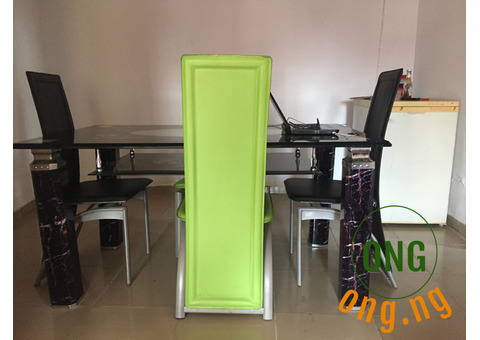 DINING TABLE (6 seats)