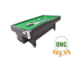 Coin pool table