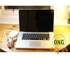 Apple MacBook Proi5M 8GB 1TB HDD