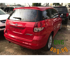 Very neat Toyota matrix for sale