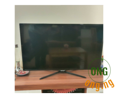 samsung 42inches series 5 full HD led tv