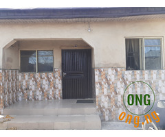 5 bedroom bungalow at oworo