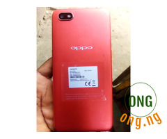 Almost brand new Oppo Reno phone